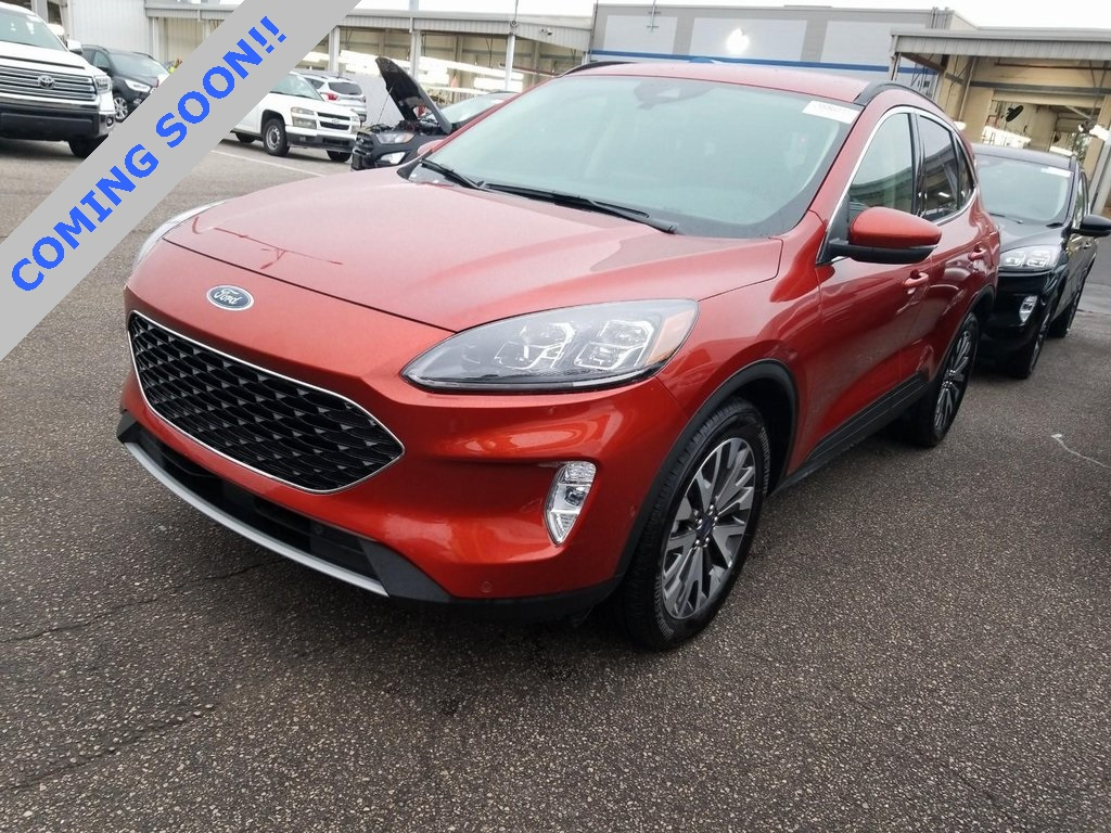 Pre-Owned 2020 Ford Escape Titanium